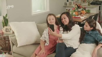 The Bouqs Company TV Spot, 'Holidays: What Truly Matters' - Thumbnail 4