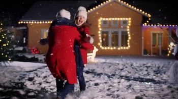 Sheex Calm + Cool Weighted Blanket TV Spot, 'Holidays: Give the Gift of a Hug' - Thumbnail 1