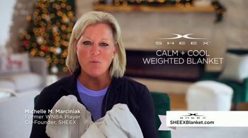 Sheex Calm + Cool Weighted Blanket TV Spot, 'Holidays: Give the Gift of a Hug' - Thumbnail 3
