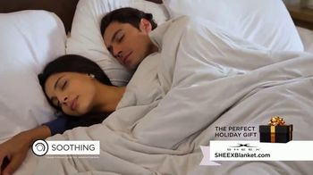 Sheex Calm + Cool Weighted Blanket TV Spot, 'Holidays: Give the Gift of a Hug' - Thumbnail 7
