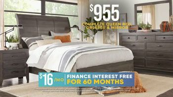 Rooms to Go Holiday Sale TV Spot, '$955 Complete Queen Bed, Dresser & Mirror' - Thumbnail 4