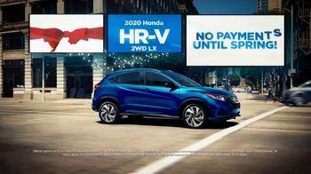 Happy Honda Days Sales Event TV Spot, 'Holiday Clearance: HR-V' [T2] - Thumbnail 4