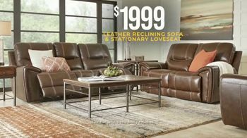Rooms to Go Holiday Sale TV Spot, 'Recline in Comfort: $1,999 Leather Reclining Sofa' - Thumbnail 4