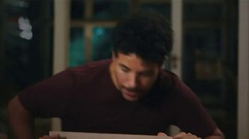 SunTrust TV Spot, 'Building Furniture' - Thumbnail 3