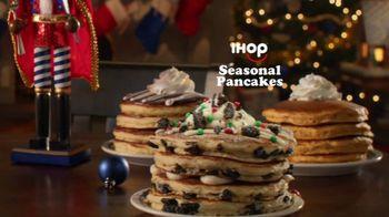IHOP Holiday Family Feast TV Spot, 'Seasonal Pancakes' - Thumbnail 4