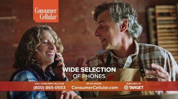 Consumer Cellular TV Spot, 'Not Born Yesterday: Premium Wireless: $25 Off' - Thumbnail 8