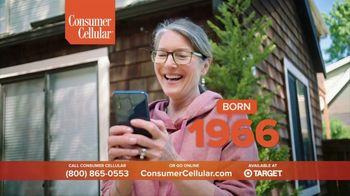 Consumer Cellular TV Spot, 'Not Born Yesterday: Premium Wireless: $25 Off' - Thumbnail 9