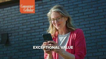 Consumer Cellular TV Spot, 'Premium Wireless: $25 Off' - Thumbnail 3