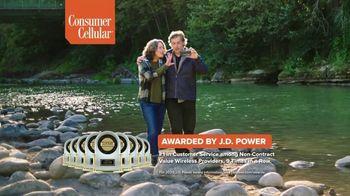 Consumer Cellular TV Spot, 'Premium Wireless: $25 Off' - Thumbnail 5