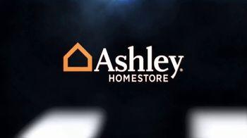 Ashley HomeStore Black Friday Sale TV Spot, 'Queen Sleeper Sofa Chaise' - Thumbnail 1