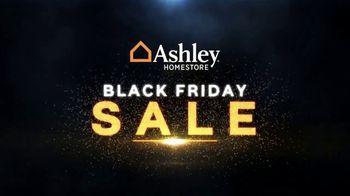 Ashley HomeStore Black Friday Sale TV Spot, 'Queen Sleeper Sofa Chaise' - Thumbnail 2