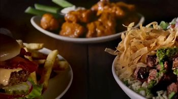 Applebee's 2 for $20 TV Spot, 'Date Night in the Neighborhood' Song by The Archies - Thumbnail 5