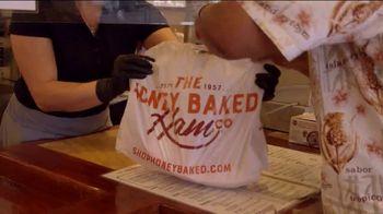 The HoneyBaked Ham Company, LLC TV Spot, 'Tradition Worth Savoring' - Thumbnail 8