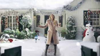 Ring TV Spot, 'Holidays: Favorite Time of Year' Featuring Carrie Underwood - Thumbnail 7