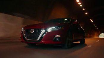 2021 Nissan Altima TV Spot, 'Parking Spot' Song by John Rowcroft, Tarek Modi [T1] - Thumbnail 6