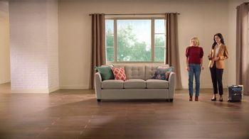 La-Z-Boy Lucky 13 Sale TV Spot, 'Magic: 20% Off Plus an Extra 13%' Featuring Kristen Bell - Thumbnail 4