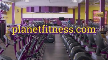 Planet Fitness TV Spot, 'Tons of Equipment: $10 a Month' - Thumbnail 9