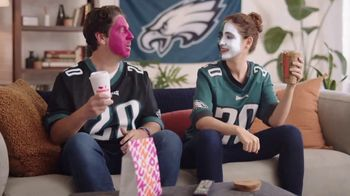 Dunkin' DD Perks TV Spot, 'Eagles Fans: $1 Hot or Iced Coffee' - Thumbnail 5