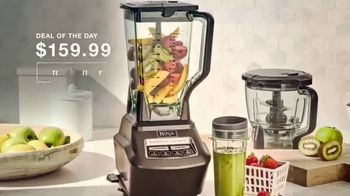 Macy's Thanksgiving One Day Sale TV Spot, 'Holiday Gifts: Boots, Ninja Blender and Comforters' - Thumbnail 4