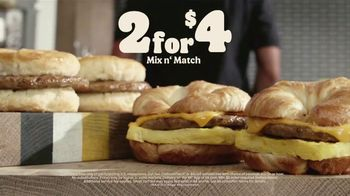 Burger King 2 for $4 Mix n' Match TV Spot, 'Worth Waking Up For: $1 Delivery, $5 Minimum' - Thumbnail 8