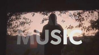 Guitar Center TV Spot, 'Make Music: Juanes' - Thumbnail 10