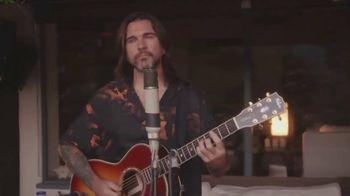 Guitar Center TV Spot, 'Make Music: Juanes' - Thumbnail 7