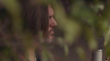 Guitar Center TV Spot, 'Make Music: Juanes' - Thumbnail 8