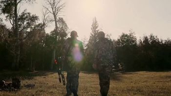 Sportsman's Warehouse TV Spot, 'Unforgettable Holiday: Bowhunting' Song by Lost Pages - Thumbnail 4