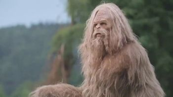 Jack Link's Beef Jerky TV Spot, 'Messin' With Sasquatch: Bubbly' - Thumbnail 8