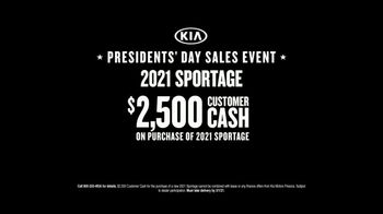 Kia Presidents Day Sales Event TV Spot, 'Mountain' [T2] - Thumbnail 7