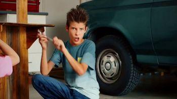 Lucas Oil Engine Oil Stop Leak TV Spot, 'The Green 87' - Thumbnail 2