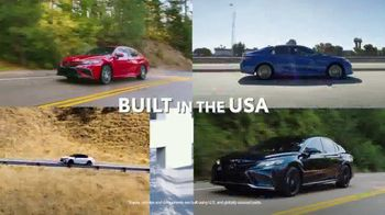 Toyota Run the Numbers Winter Event TV Spot, 'Start With Four: Camry' [T2] - Thumbnail 3