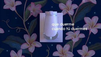 Glade PlugIns Plus TV Spot, 'Duerme cuando tú duermes' [Spanish]