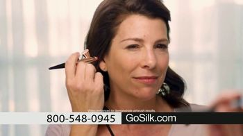Luminess Silk Half-Off Sale TV Spot, 'Blur Away: Free Shipping and Free Gifts'
