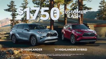 Toyota Run the Numbers Winter Event TV Spot, 'Save: Highlander' [T2] - Thumbnail 2
