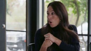 Discovery+ TV Spot, 'Fixer Upper: Welcome Home' - Thumbnail 7