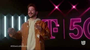 T-Mobile 5G TV Spot, 'Premio Lo Nuestro: mi tribu' con Camilo [Spanish] - Thumbnail 8