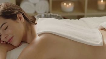 Calming Heat Jade Stone TV Spot, 'Your Busy Day' - Thumbnail 2