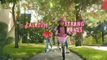 Yoplait TV Spot, 'Yoplaitime: Biking' - Thumbnail 6
