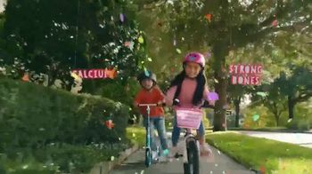 Yoplait TV Spot, 'Yoplaitime: Biking' - Thumbnail 7