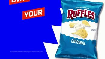 Ruffles TV Spot, 'Ruffles Without Ridges: T-Pain and Coach' Featuring Anthony Davis, King Bach, T-Pain - Thumbnail 10