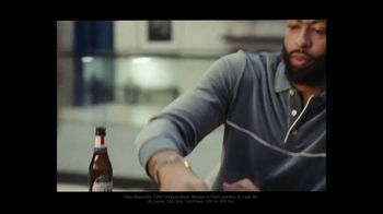 Michelob ULTRA TV Spot, 'Joy' Featuring Anthony Davis, Song by A Tribe Called Quest - Thumbnail 7