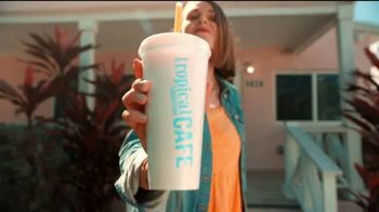 Tropical Smoothie Cafe TV Spot, 'Mardi Gras Spirit' - Thumbnail 3