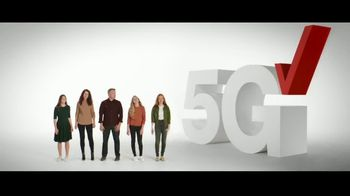 Verizon TV Spot, 'Nobody Has to Settle: Discovery+ and Samsung Galaxy S21+ 5G' - Thumbnail 1