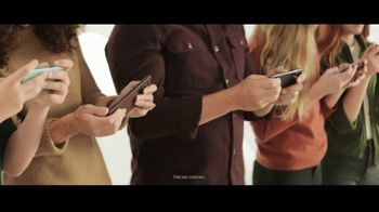 Verizon TV Spot, 'Nobody Has to Settle: Discovery+ and Samsung Galaxy S21+ 5G'