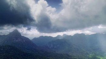 FIJI Water Sports Cap TV Spot, 'Nature Created It'