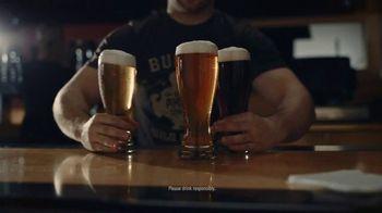 Buffalo Wild Wings TV Spot, 'The Big Dance Madness' - Thumbnail 3