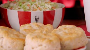 KFC $20 Fill Up TV Spot, 'Family Banquet'
