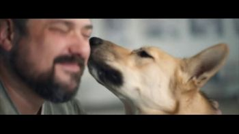 Gila River Casinos TV Spot, 'Play for Good: Soldier's Best Friend' - Thumbnail 6