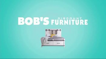 Bob's Discount Furniture Jessie Sofa TV Spot, 'It's All About Choices' - Thumbnail 9